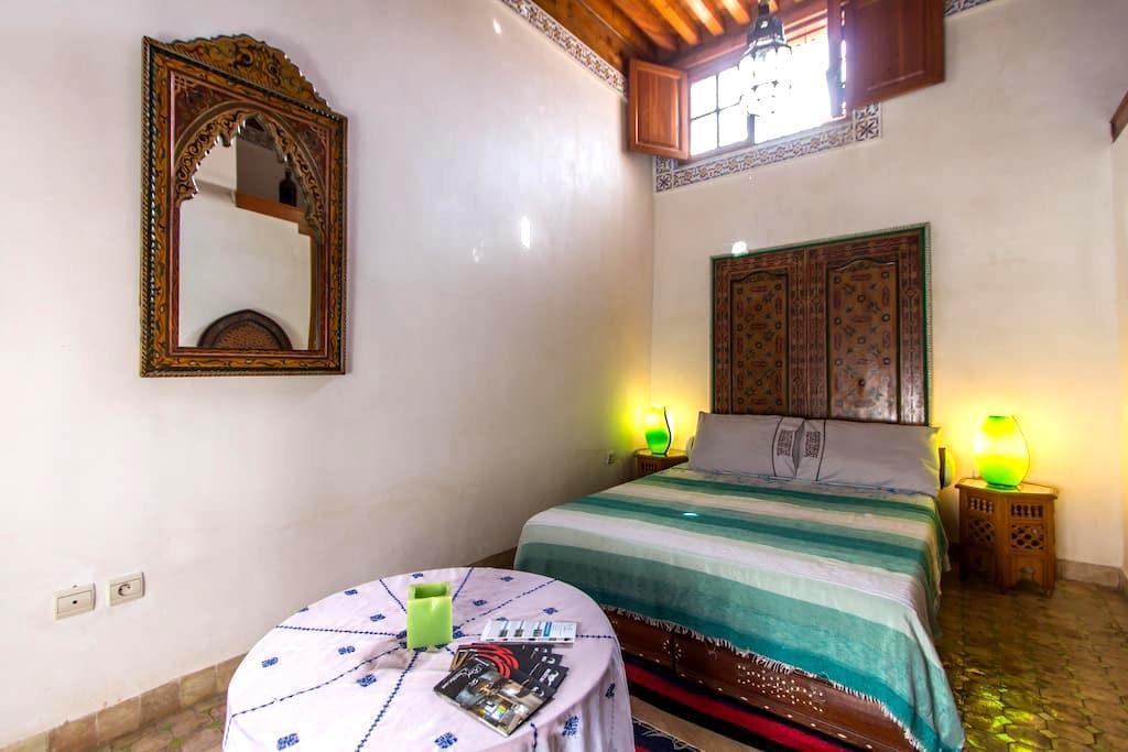 Riad Sunrise GREEN ROOM - Fes - Bed & Breakfast