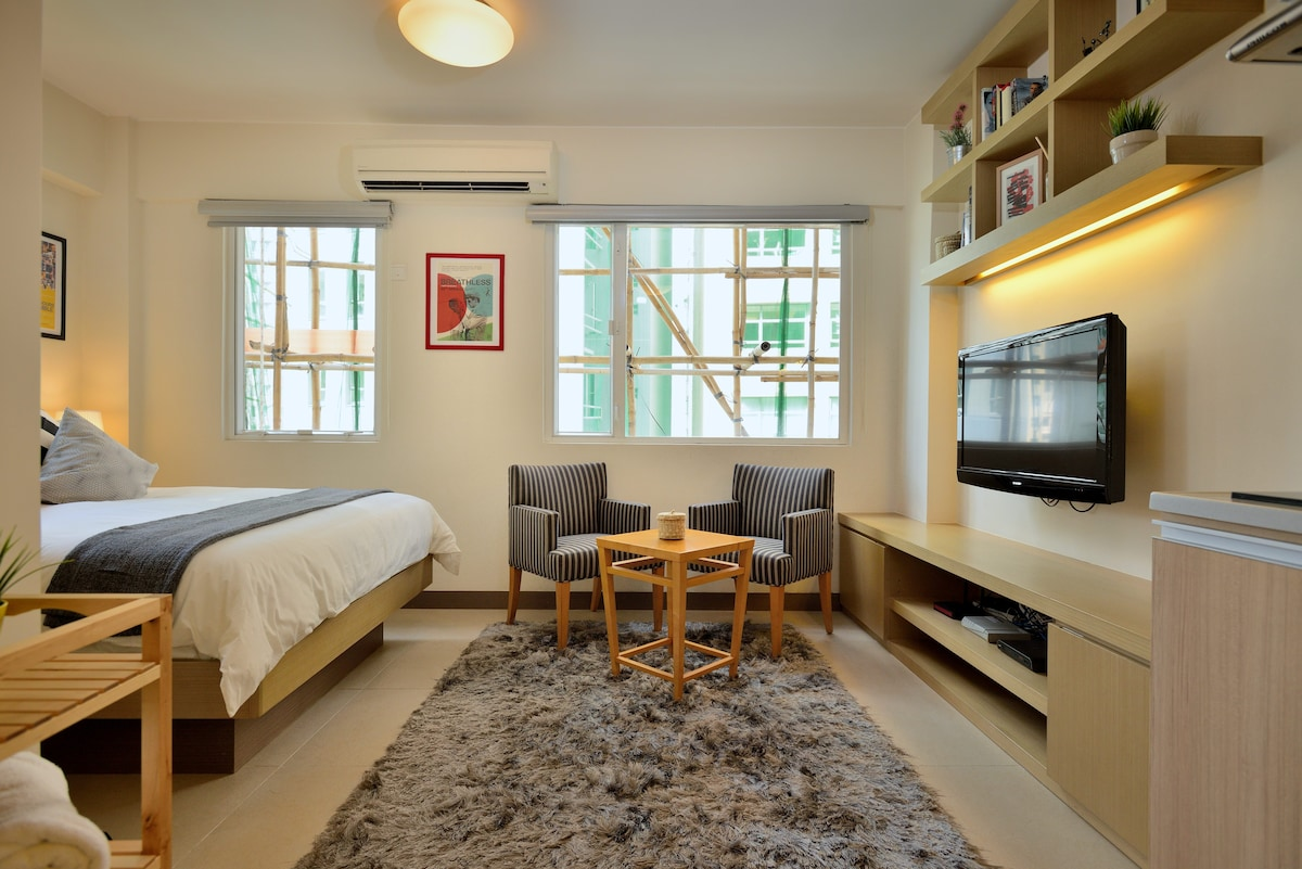 Luxury Pad in the Heart of SOHO!!