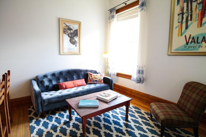 Historic Downtown apartment- Views!