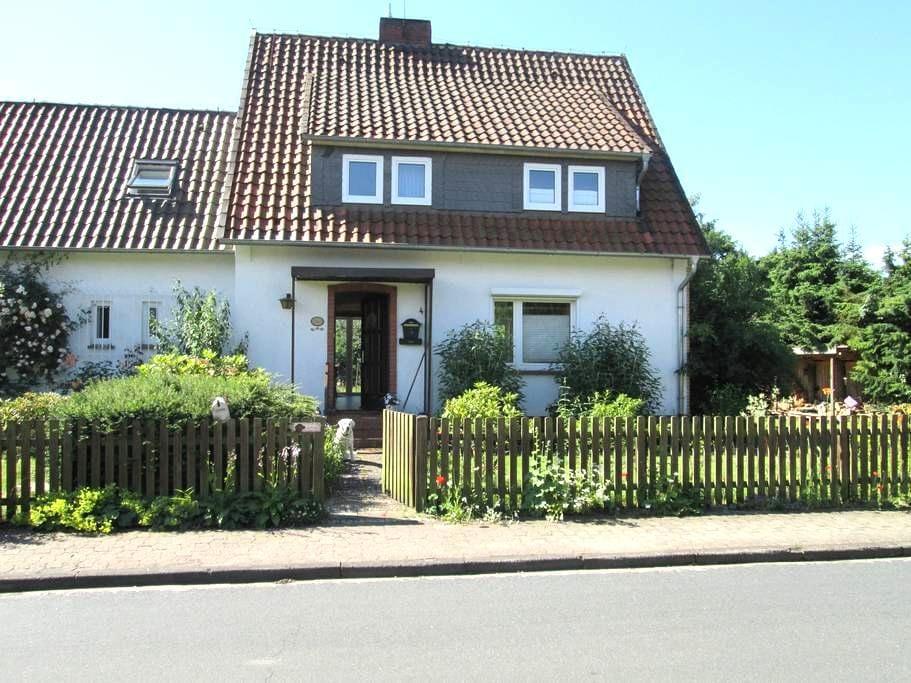 lauschiges kleines Urlaubsdomizil in der Heide - Hermannsburg