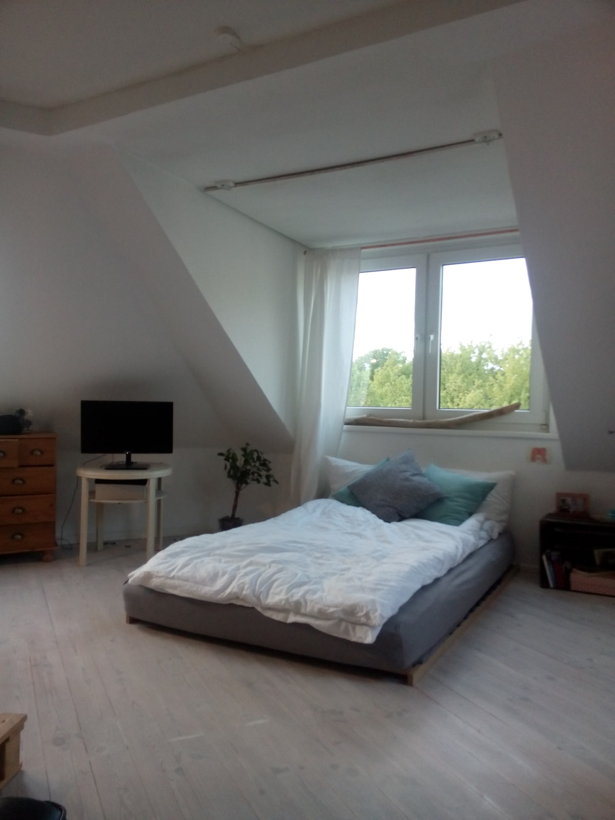 Private Dreamlike Heavenly Room