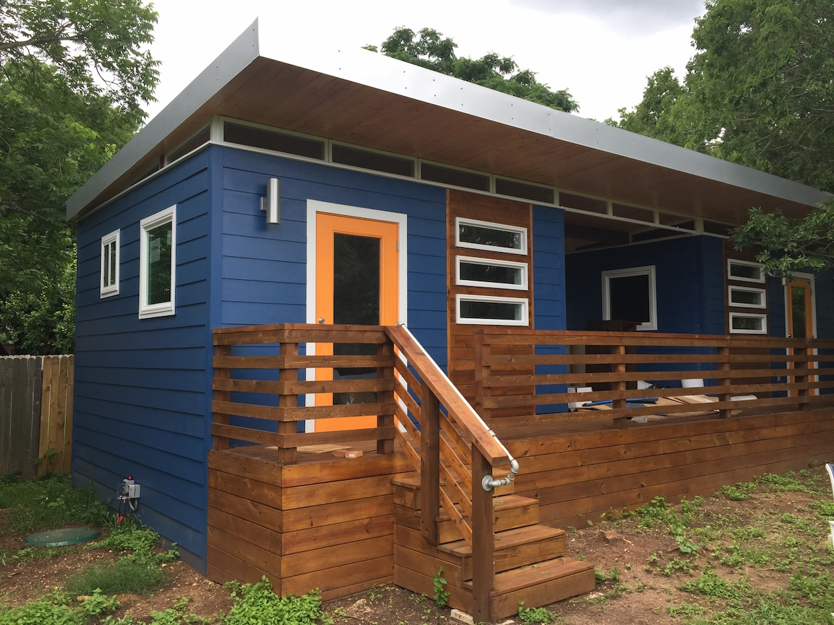 Tiny House in South Austin