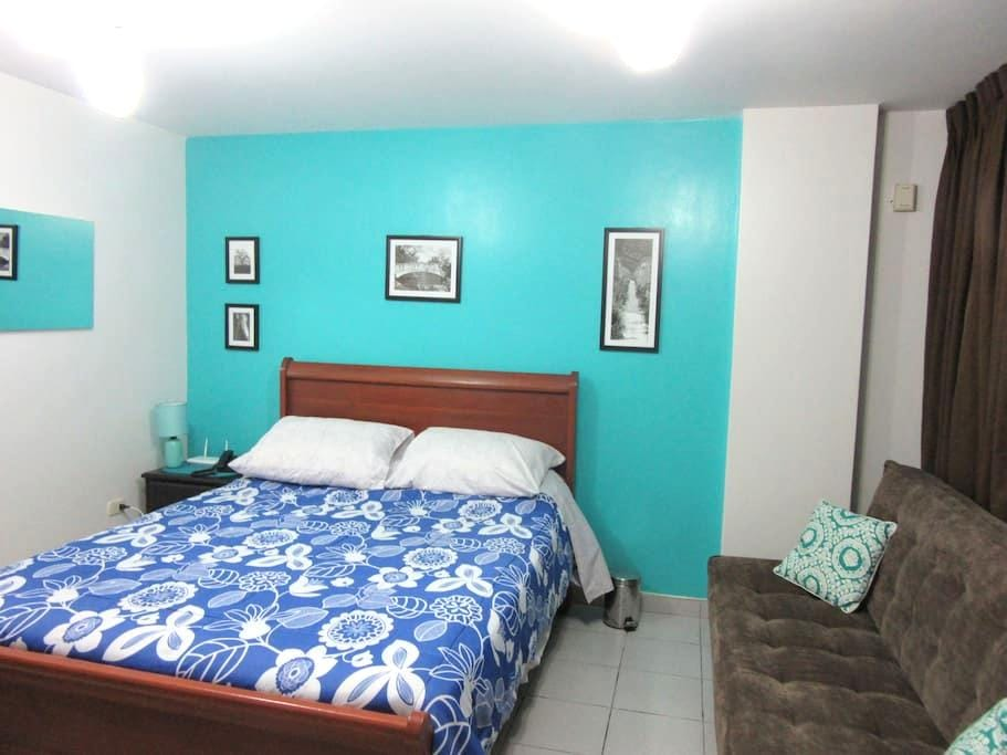 Cozy  Studio & Bath, Great Location - Barranco - Apartment
