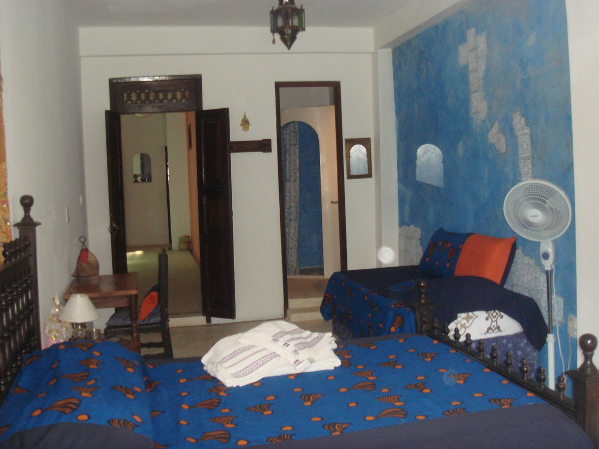 Chambre marocaine couchage 4 personnes