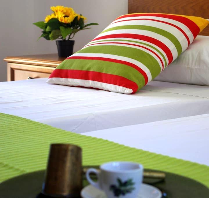 Greek hospitality for a family!!! - μονολιθος - Wohnung