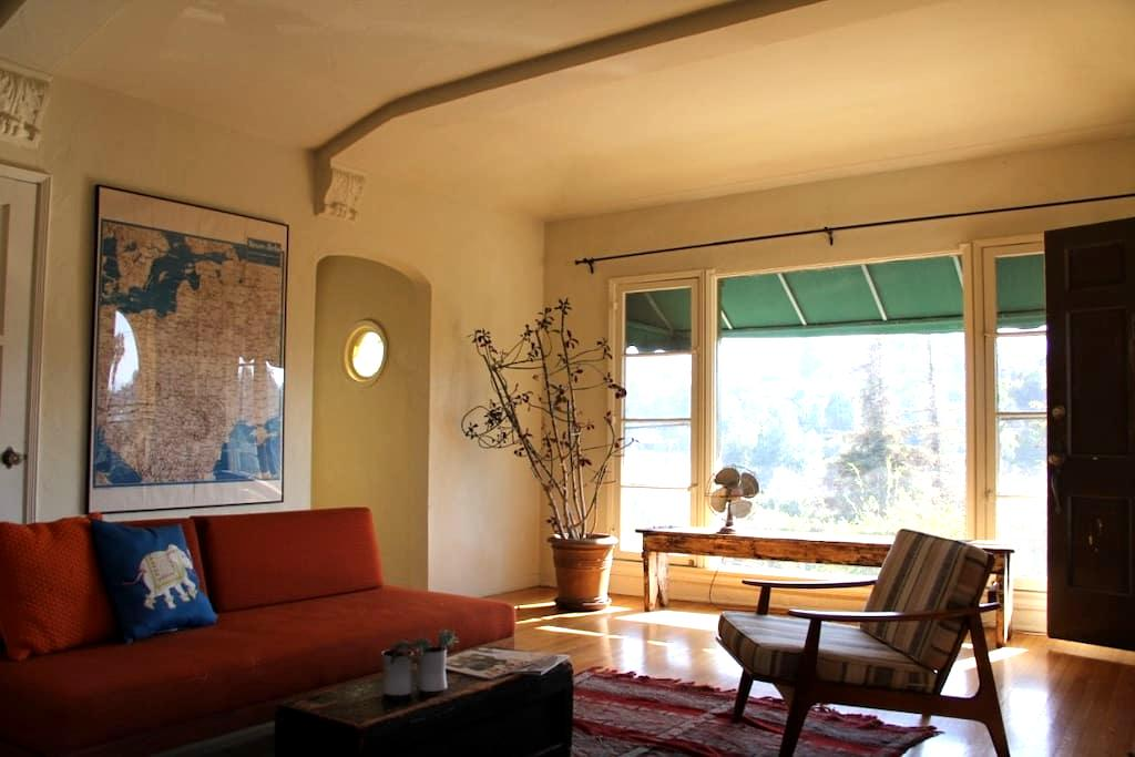 Charming Silverlake 1930's Apt - Los Angeles