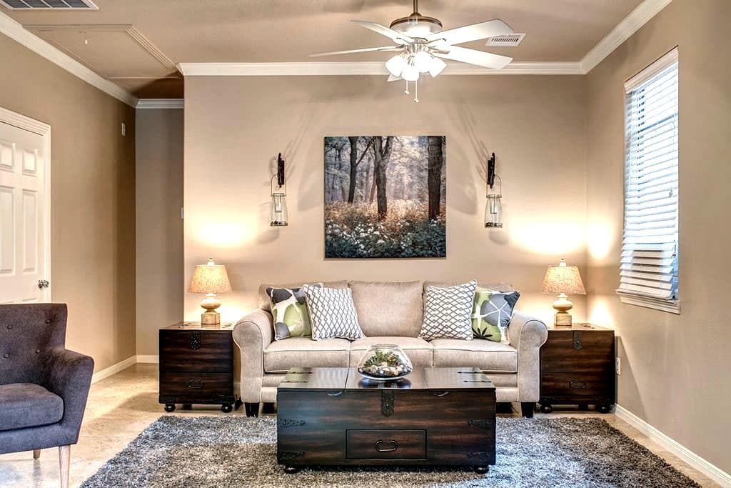 Private Woodlands Area- Guest Apt. - Conroe - Wohnung