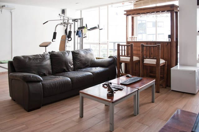 Single Room in Cool Condesa Apartm.