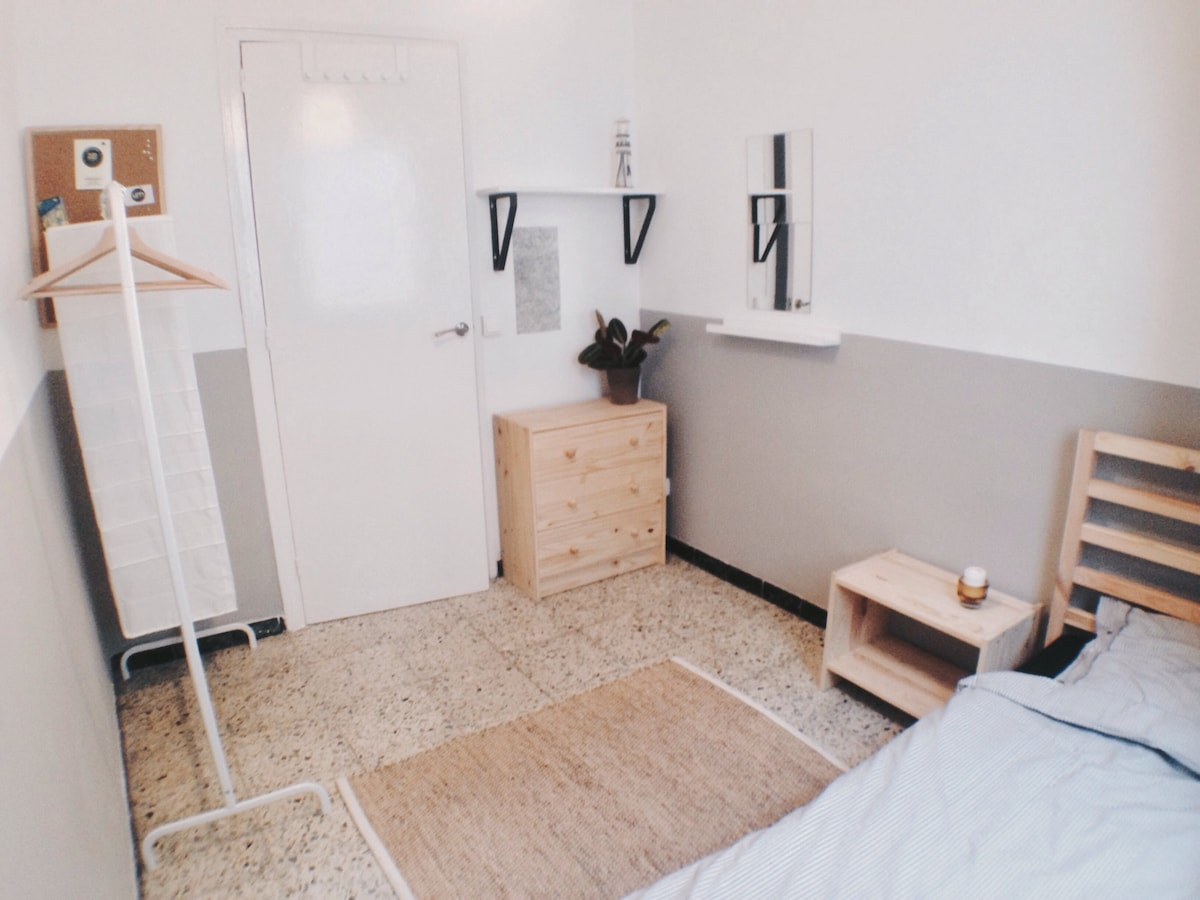 Cosy room, flat with terrace