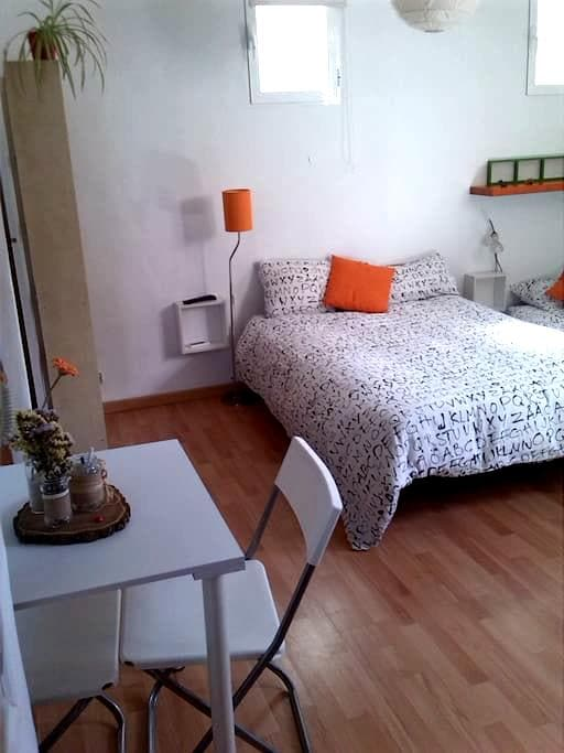 LOVELY STUDIO IN OLD TOWN-A/C-WIFI - Madrid