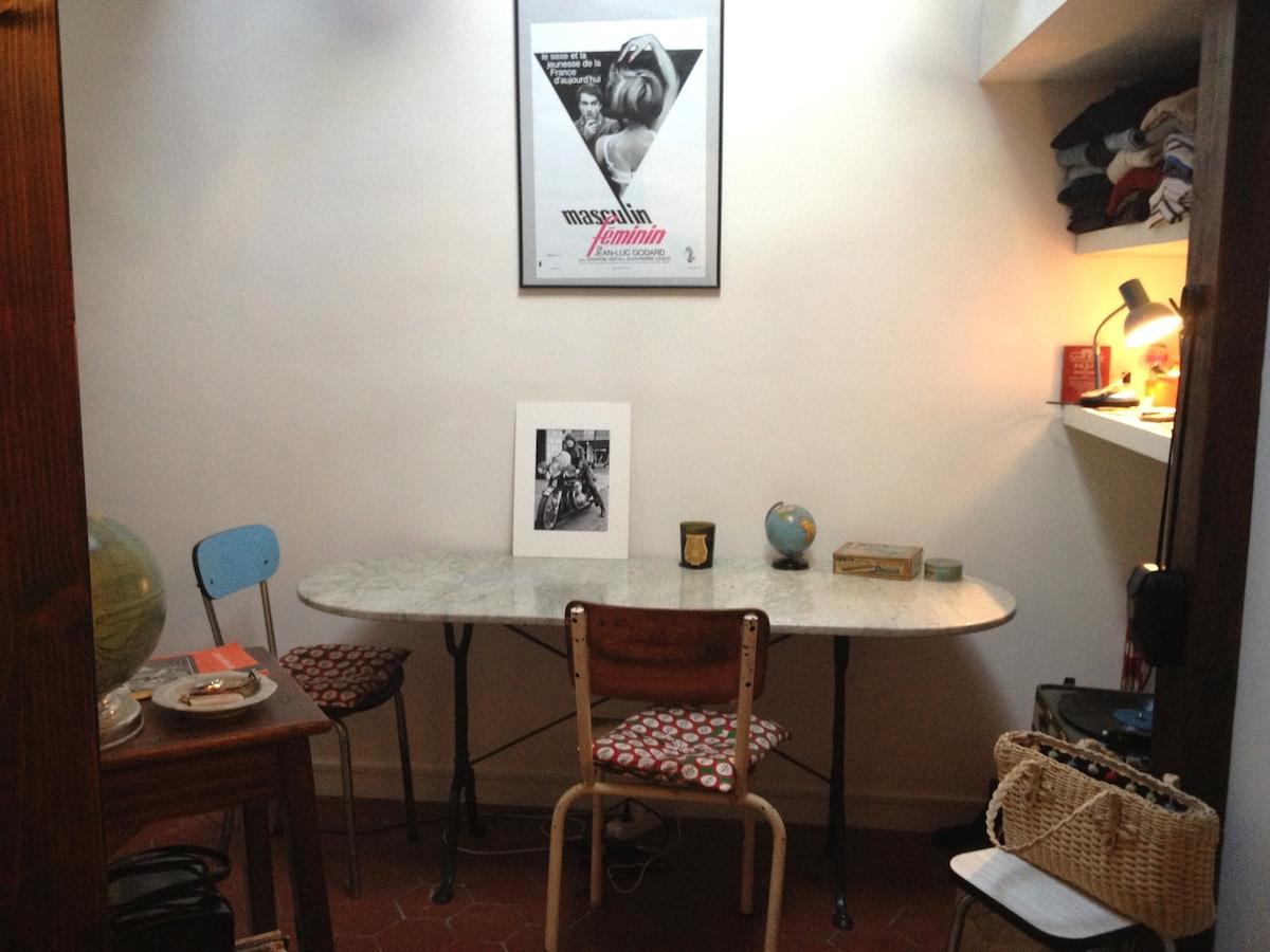 The cutest Parisian apartment
