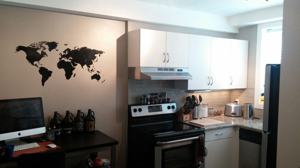 Modern New Apartment on Corydon Ave