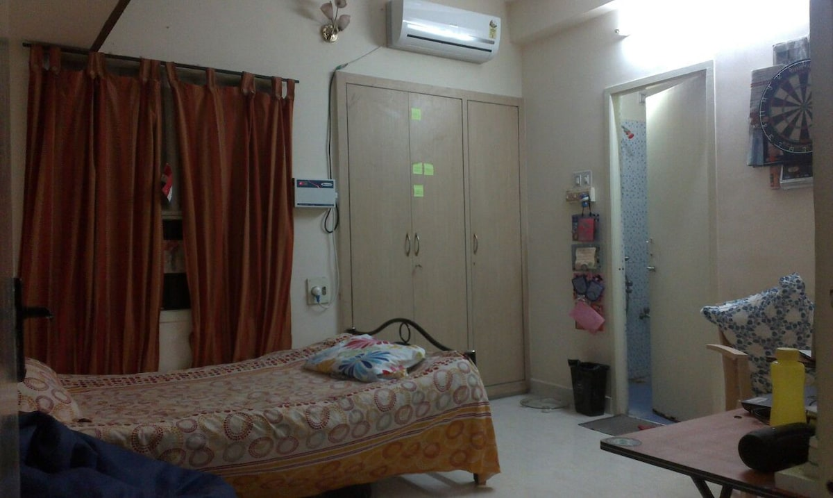Comfortable room + everything for u