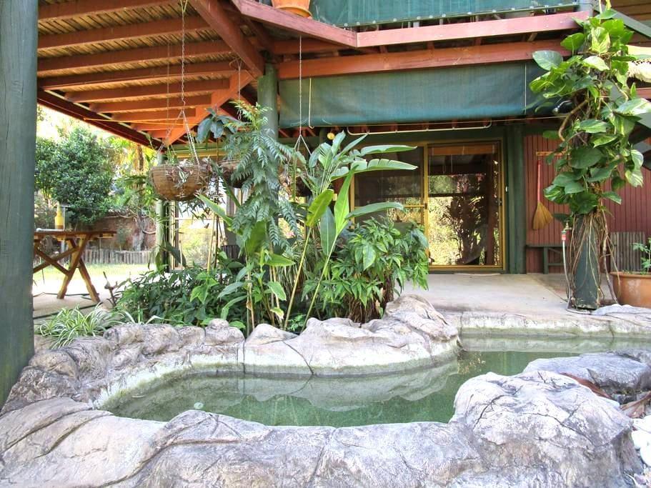 Cicadas Retreat - Yandina - Dům