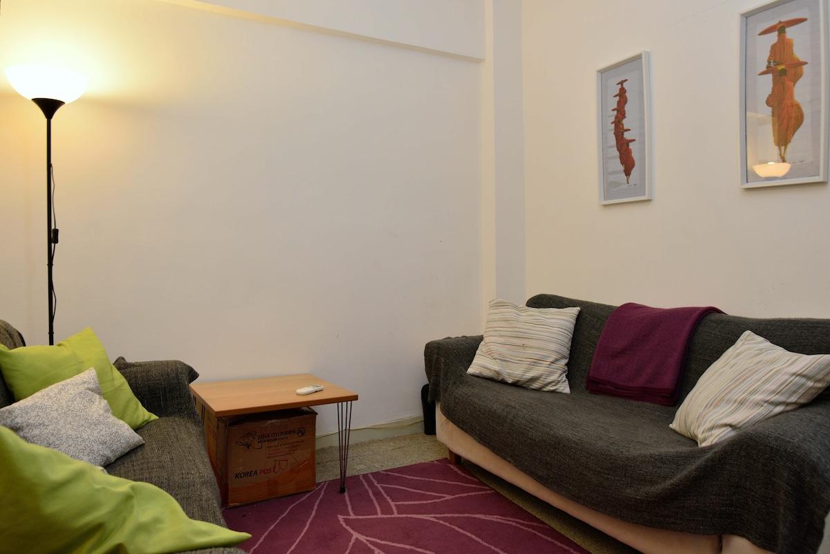 A 600 sqf spacious apartment Wan C.