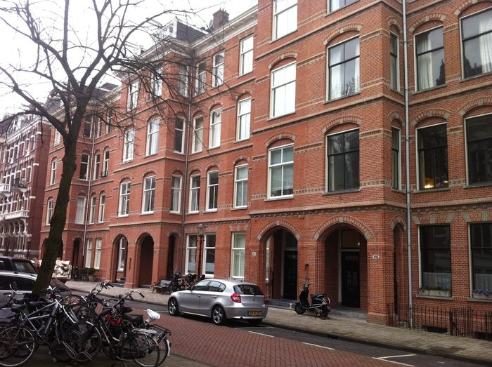Amsterdam Center: Modern and quiet