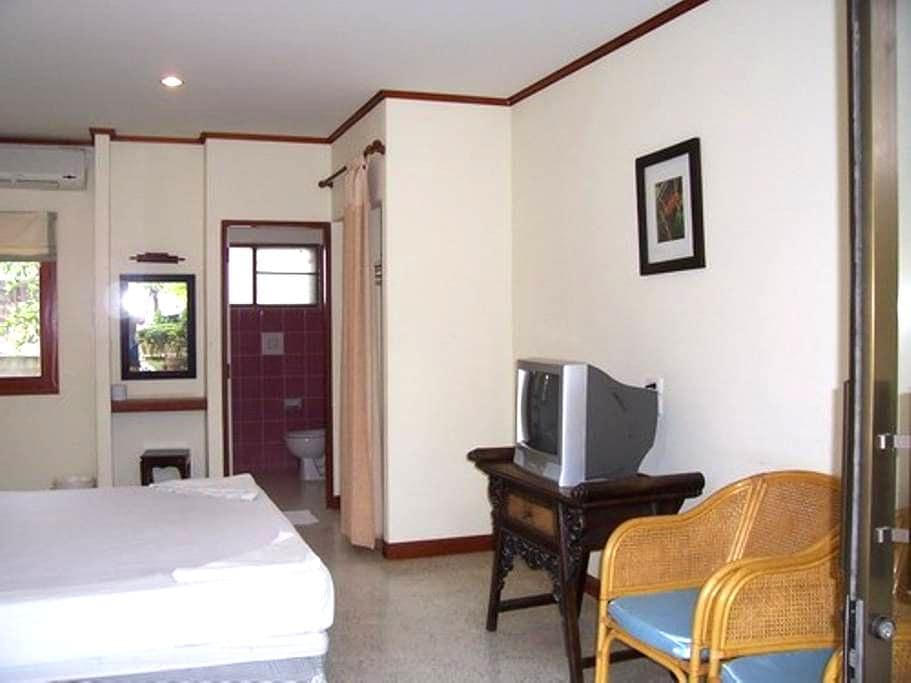 Private Room1 Jinta City Hotel - Ko Samui - Apartament