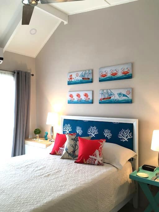 Beautiful newly renovated Condo in Jaco - Жако - Кондоминиум