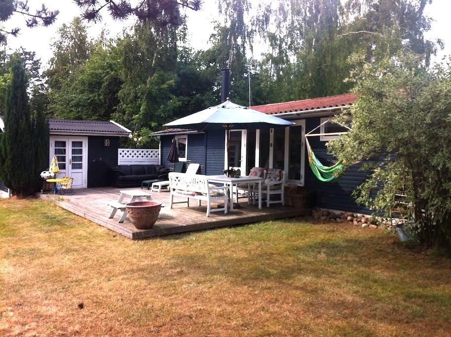Holiday Home on the cozy Island Orø, 50 km to Cph. - Holbaek - Hytte
