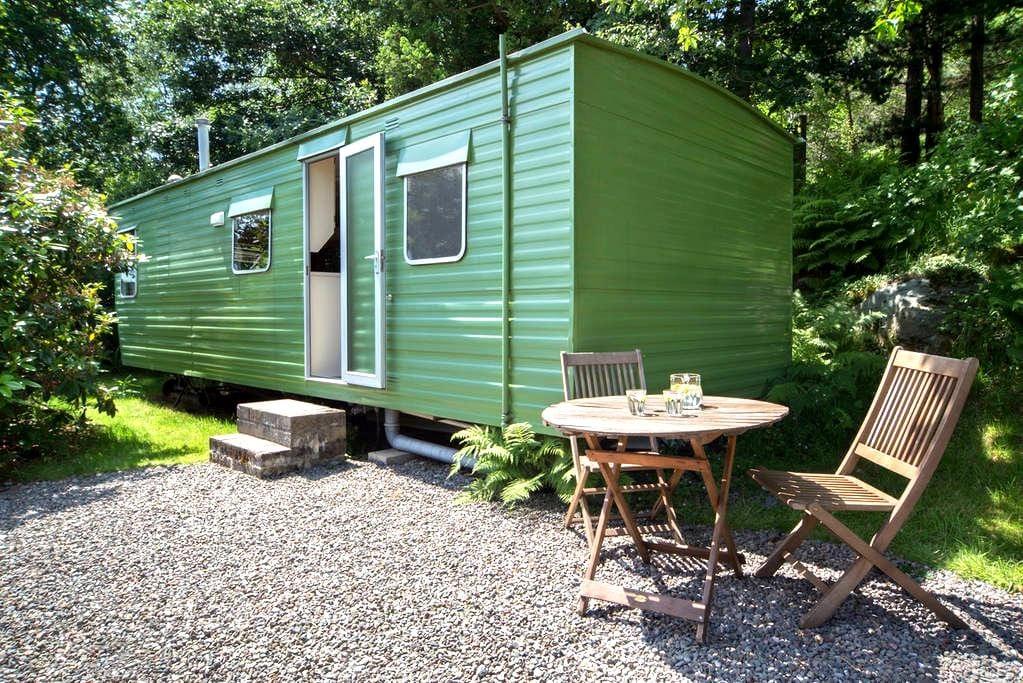 Retro caravan in nature's paradise! - Keswick