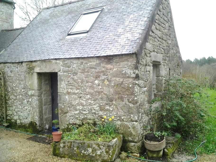 Chambre  maison indépendante - Plougras - House