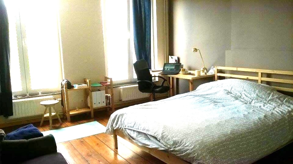 Double bed room 10min city center