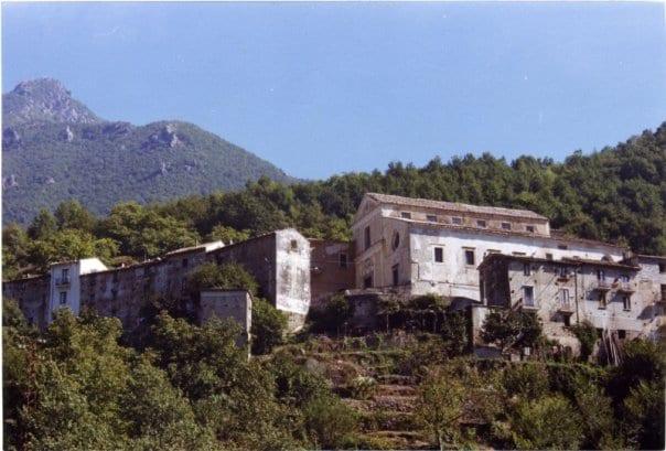 La Chiesa di San Bartolomeo sec. XIV - ex complesso conventuale dei frati domenicani di Giordano Bruno