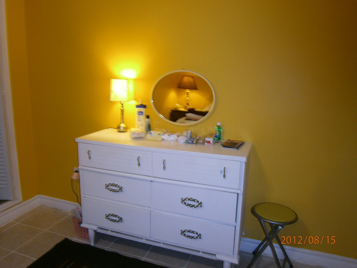 Basement apartment perfect for 3