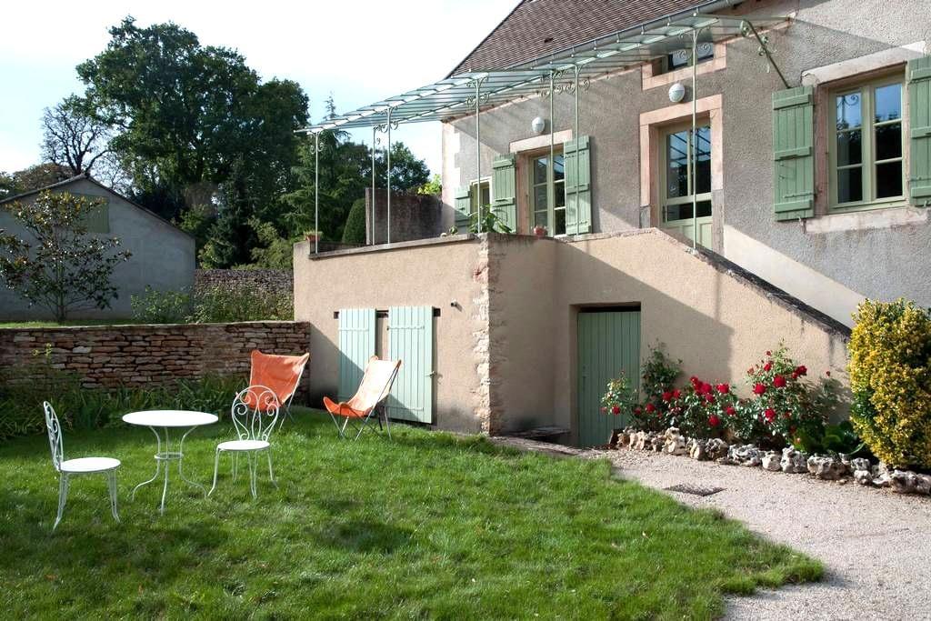 Ancienne maison de vigneron - Rosey - Maison