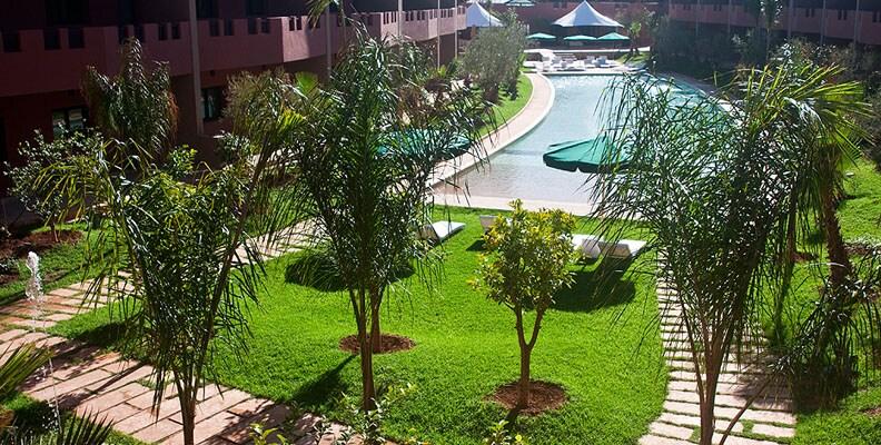 Grande piscine de l'hôtel à un pas de votre appartement