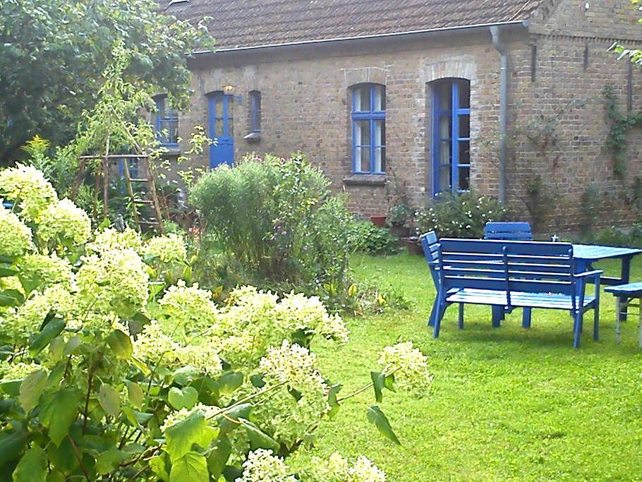 Wohnung in eh. Dorfschule u. Garten - Rheinsberg