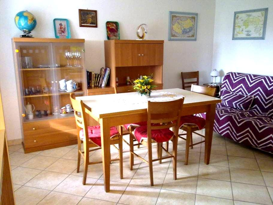 Apartment in Tuscany countryside - Lecchi - Apartment