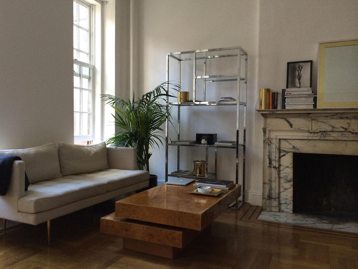 Elegant studio in the UES