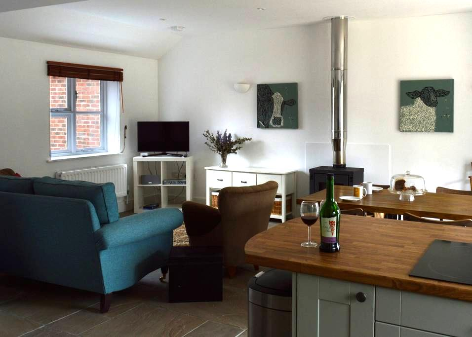 Hartwell Lodge: luxury self catering annex - Suffolk - Bungalo