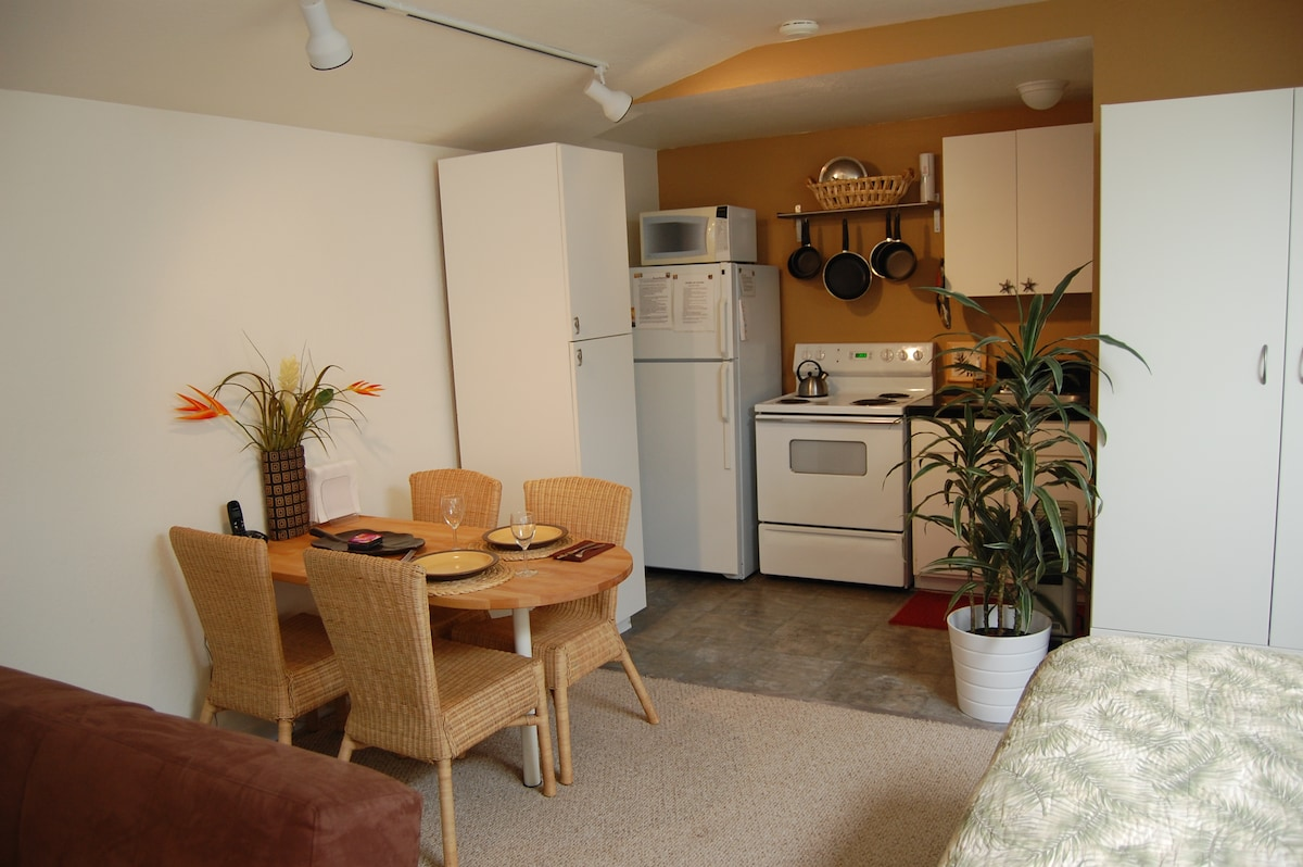 Secluded Studio in Pleasure Point