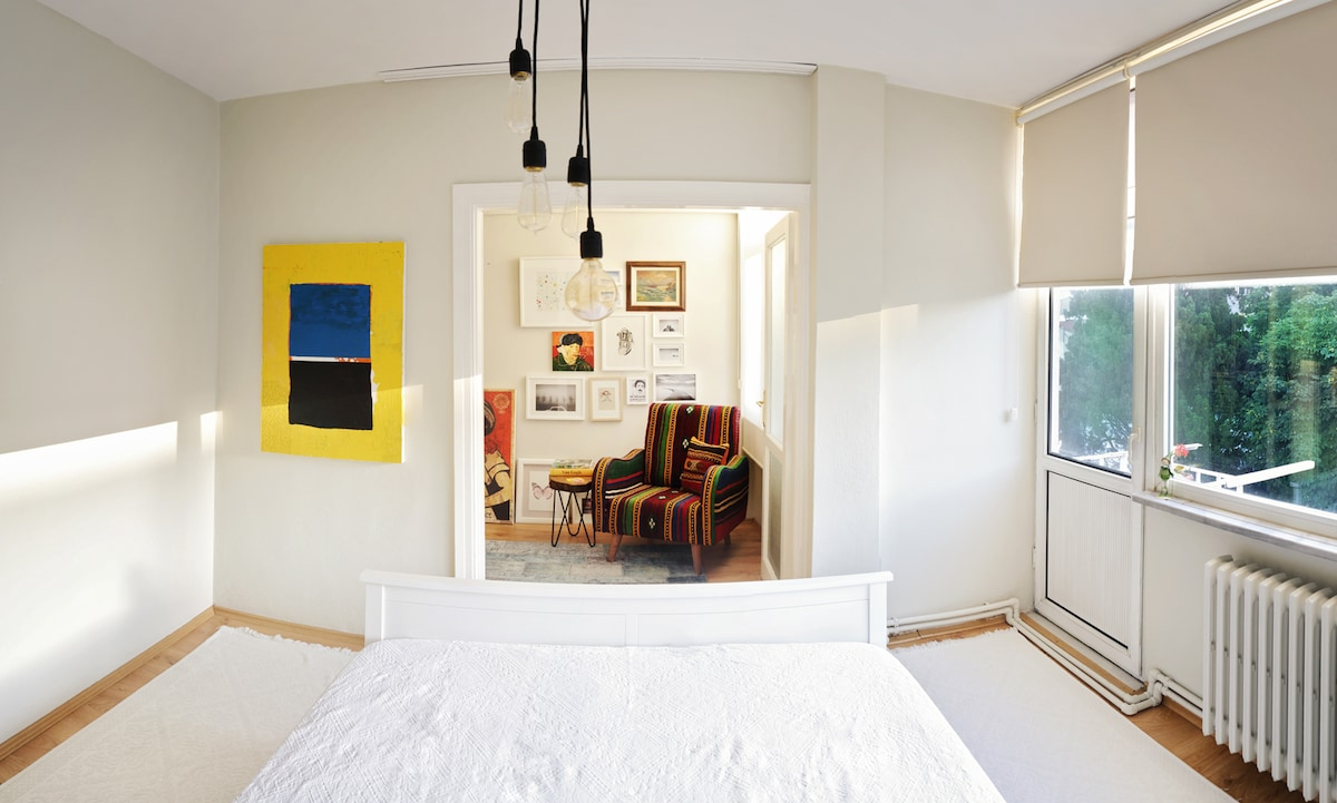 GREAT LOCATION-PRIVATE ROOM