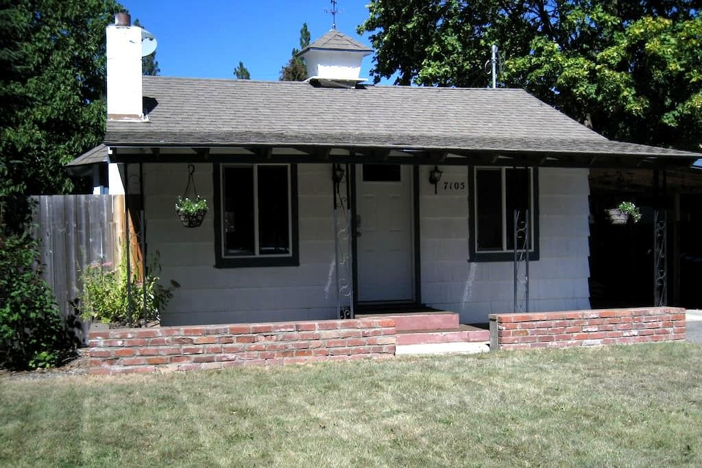 Complete Pet Friendly Property - Spokane Valley - Casa