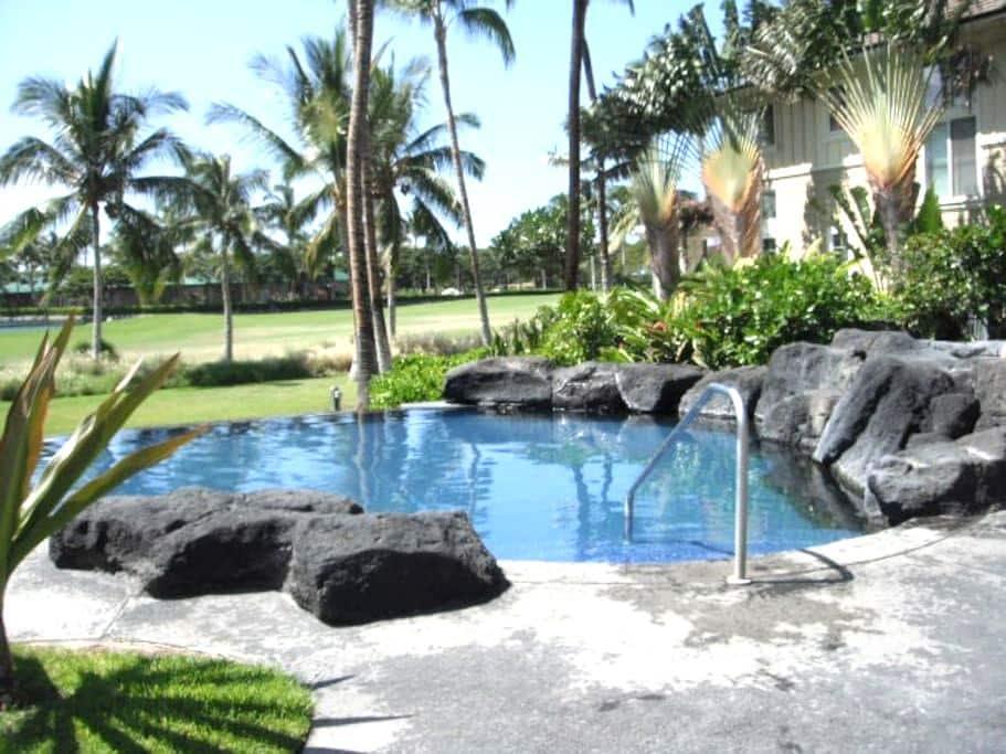 Waikoloa Resort Condo with a loft! - Puako