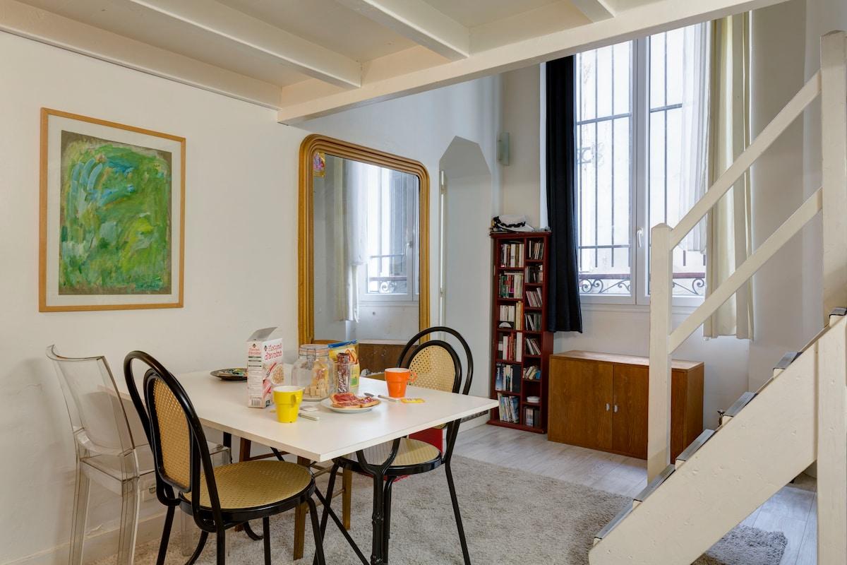 A Parisian Chalet-style Duplex !