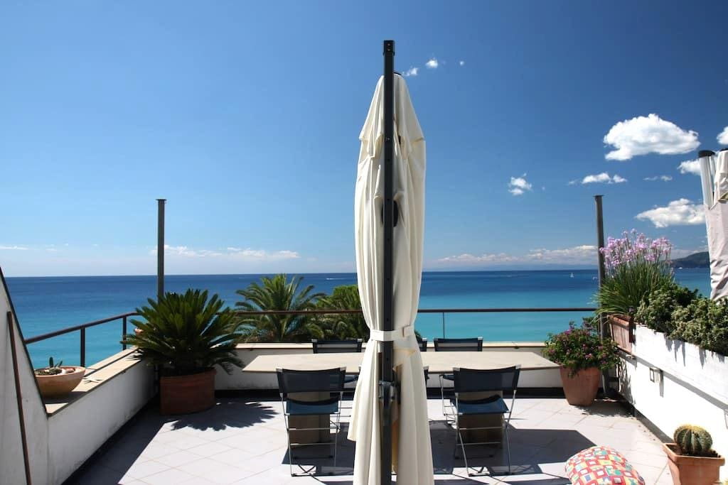 Breathtaking seeview and sunsets on the gulf - Cavi Borgo (alle porte di Sestri Levante) - Appartement