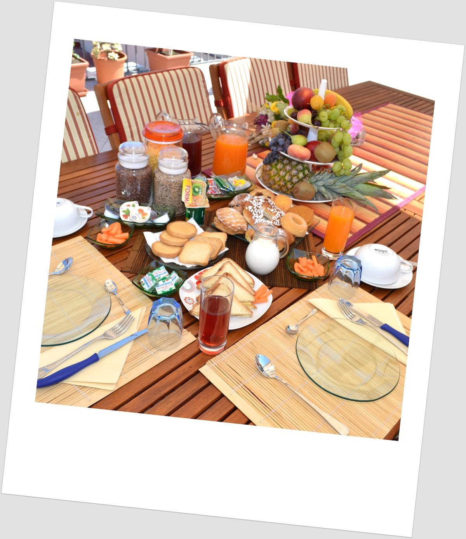 Scirocco Summer Breakfast