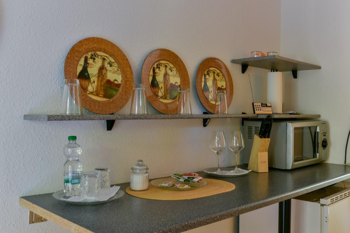 Old-City, 1Room-Flat - Bath&Kitchen