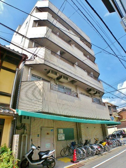10 minutes walk from Kyoto station