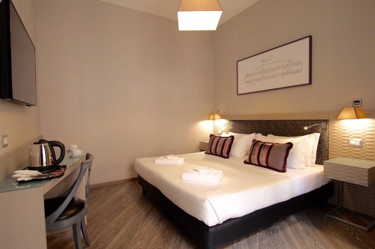 Double Room 1 - Respighi Rooms