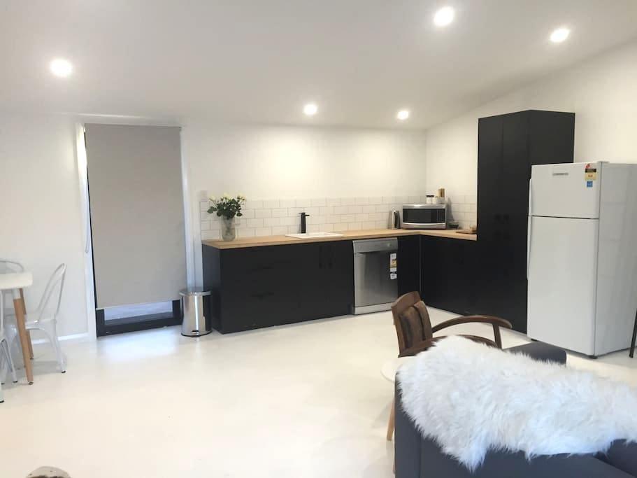 New cool modern designer space - Orange - Appartement