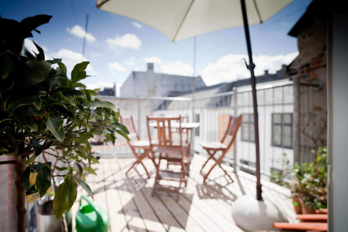 On the 4th floor is the terrace, big enough to sit 6 people for dinner, and complete with outdoor umbrella and fullsize Weber grill. Enjoy your meal outdoors!