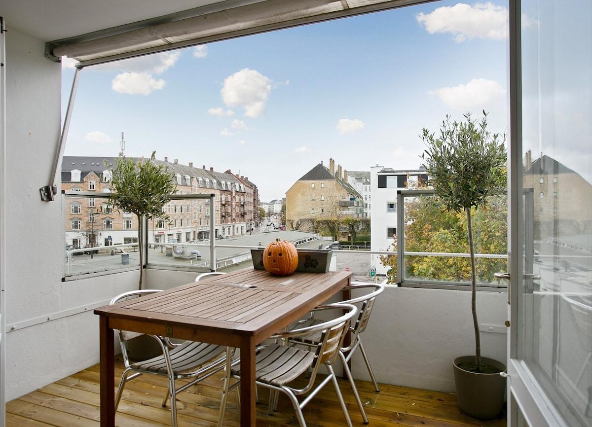 Bright apartment in Hellerup.