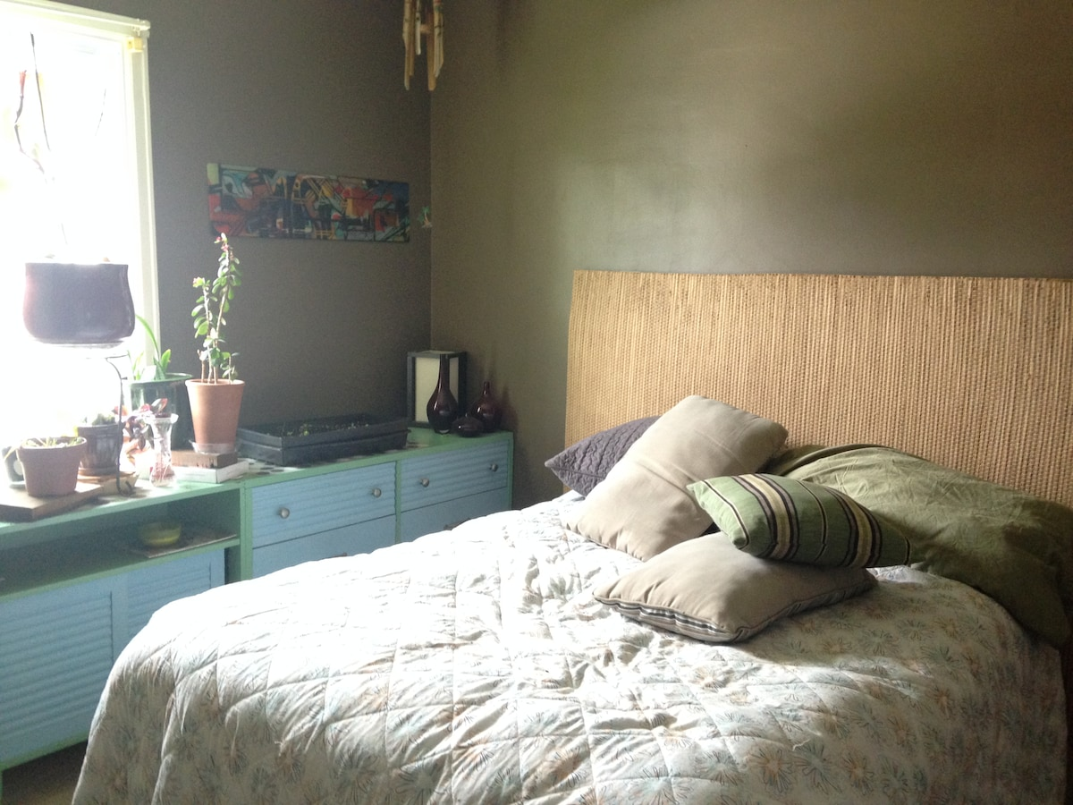 Guest Room availble