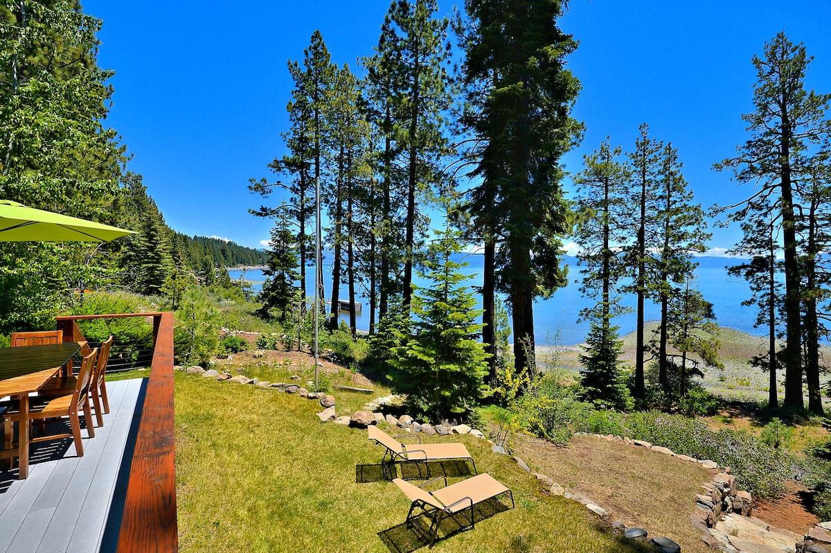 3BR+ Loft Exquisite Lakefront Tahoe