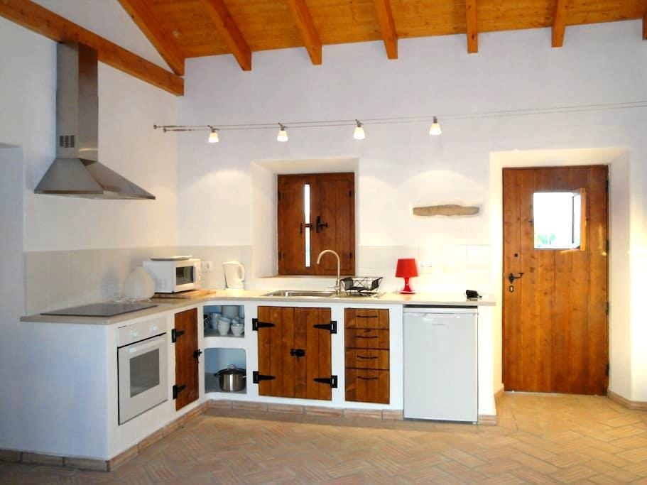Traditional Restored House - Sagres